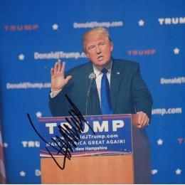 Автограф Дональда Трампа