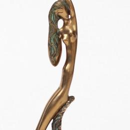 Девушка-Веточка (Скульптор Катиб Мамедов)
