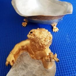 Сувенир Лев в ванной
