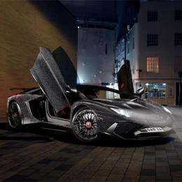 Lamborghini Aventador SV, покрытый двумя миллионами кристаллов Сваровски