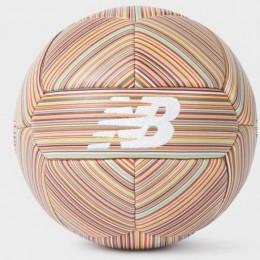 New Balance и Пол Смит представили эксклюзивный футбольный мяч за 175$