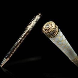 Ручки из серебра с камнями