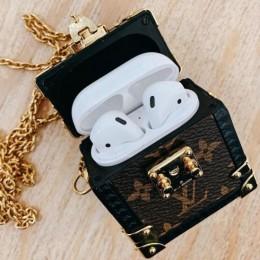 Крошечный сундучок Louis Vuitton для ваших Apple AirPods