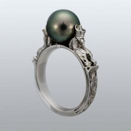 Кольцо с жемчугом «Сфинкс»
