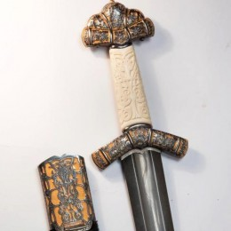 Меч Рингил-холодная искра (дамаск, бивень мамонта, гранаты)