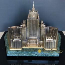 Создания здания МИД в бронзе за 4 месяца