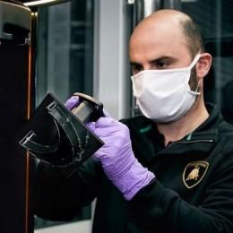 Lamborghini открыл заводы для производства медицинских масок, чтобы помочь Италии побороть коронавирус