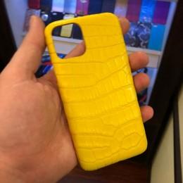 Чехол на айфон 11 Pro из крокодила
