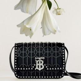 Burberry выпустила эксклюзивную сумку для Ближнего Востока