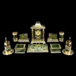 Настольный набор из нефрита (златоуст)