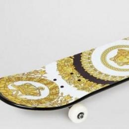 Новый скейтборд от Versace за 800 $