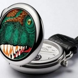 Hermès представил часы Arceau Pocket Aaaaargh! в честь тираннозавра Рекса