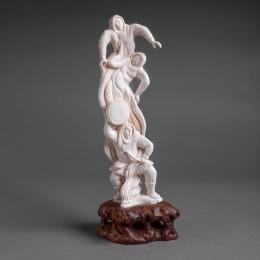 Скульптура Шаман