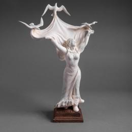 Статуэтка Девушка (бивень мамонта, h=32 см)