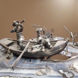 Композиция Охота с лодки (агат, серебро)