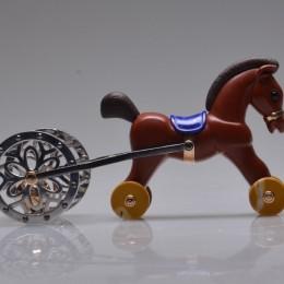 Скульптура Лошадка-погремушка (L=8 см)