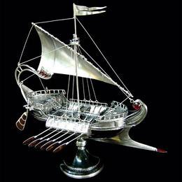 Корабль Римская галера (серебро, гранаты)