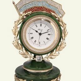 Ювелирные настольные часы