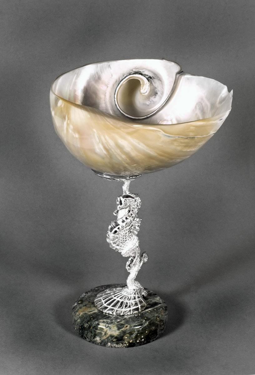 Чаша с океанической раковиной