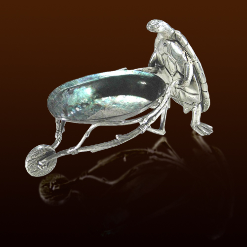 Черепаха, катящая тележку (раковина Paua Shell)
