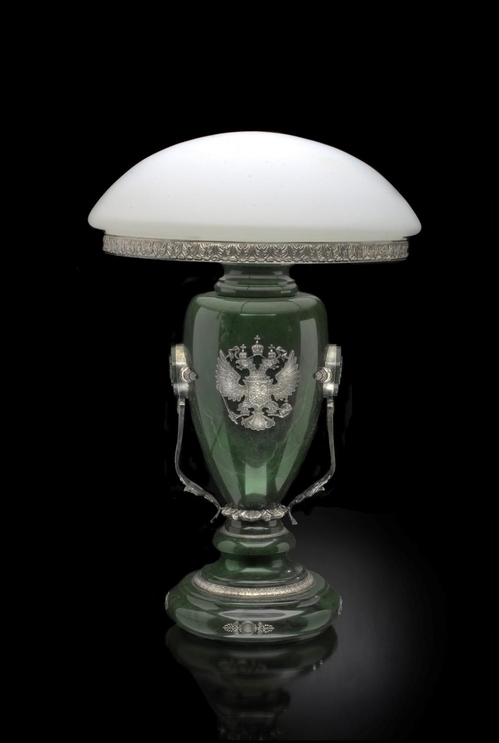 Классические настольные лампы - купить в каталоге