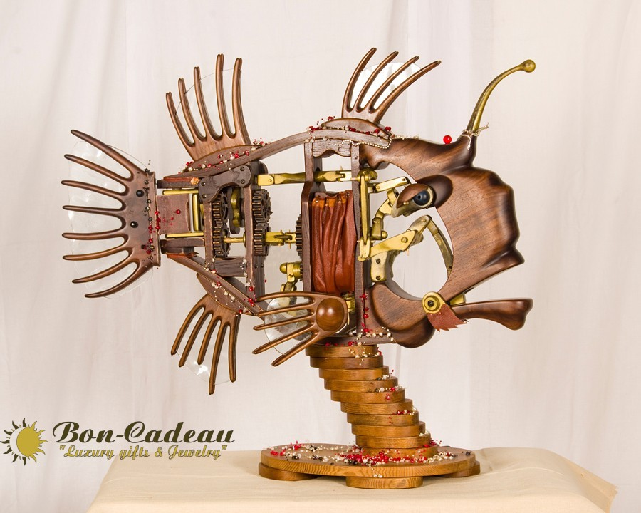 Зеркальная рыба (механическая рыба)