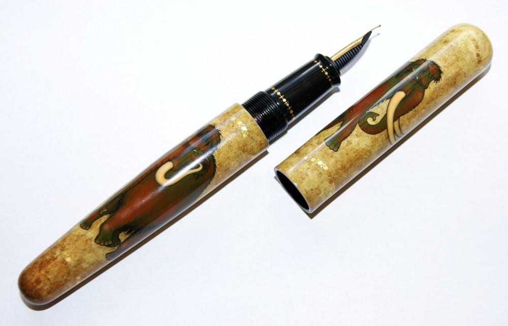 "Ручка ""Мамонты"""