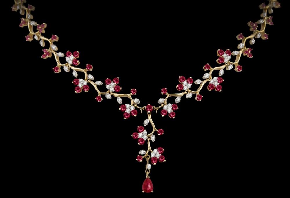Бриллиантовое колье с рубинами (9 ct)