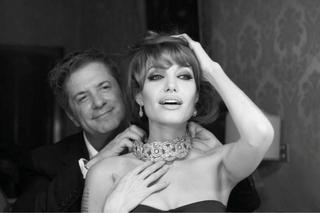 Украшения от Анджелины Джоли уйдут с молотка картинки