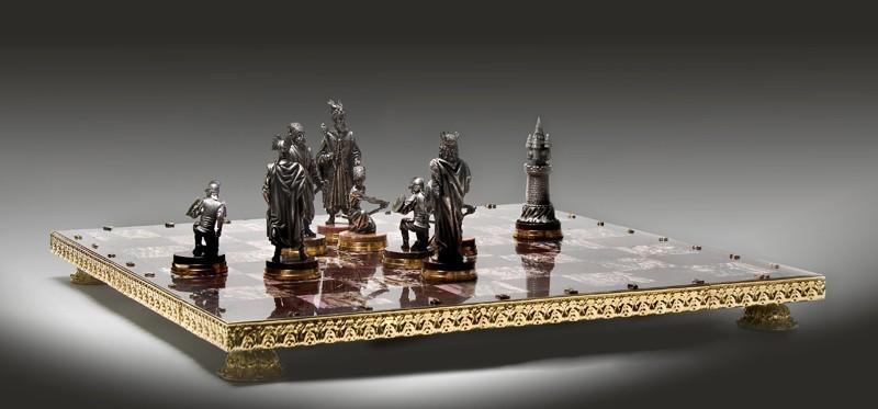 "Шахматы ""Огнем и мечом"""