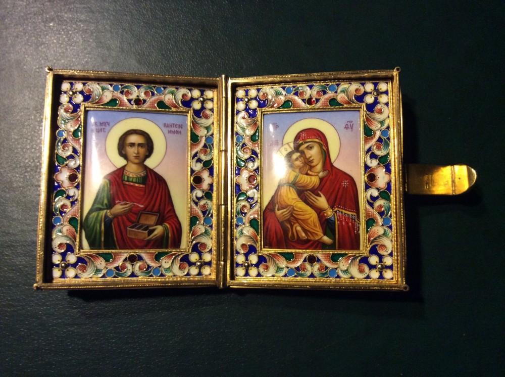 Карманный складень Св. Пантелеймон и Богоматерь
