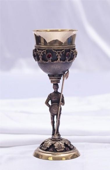 Кубок с фигуркой «Стражник»