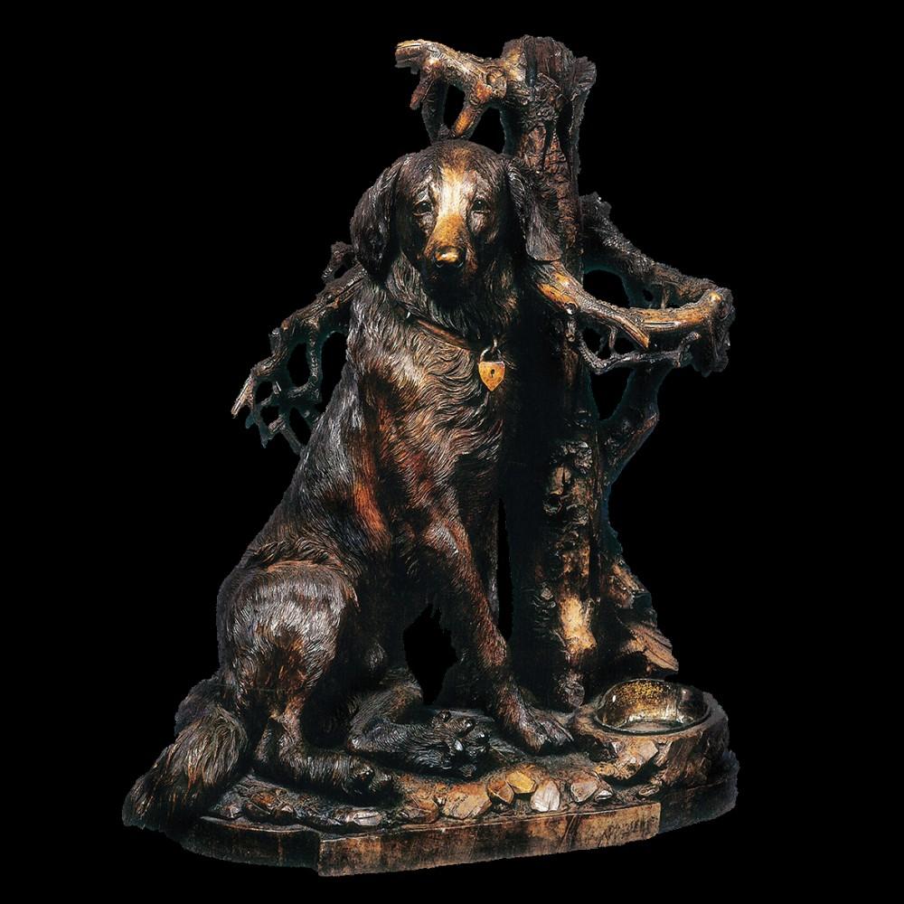 Собака у дерева (груша)