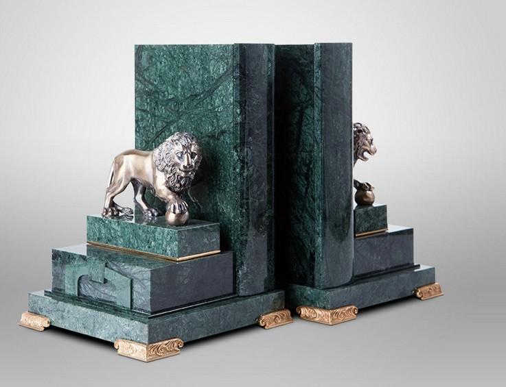 Упоры для книг Львы Петербурга