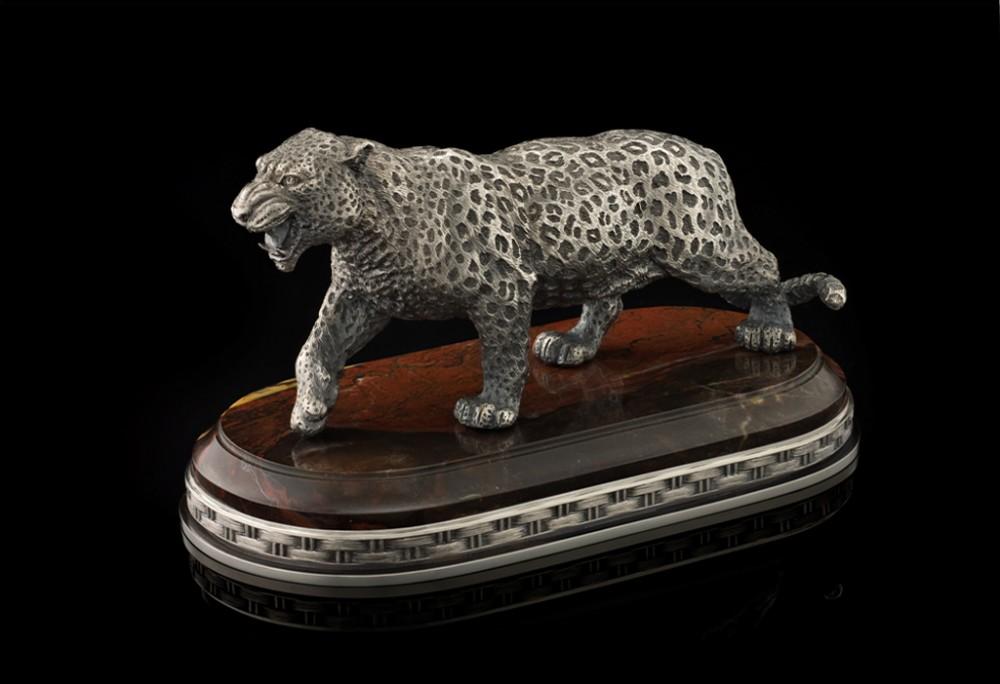 Леопард (серебро, яшма) L=16 см