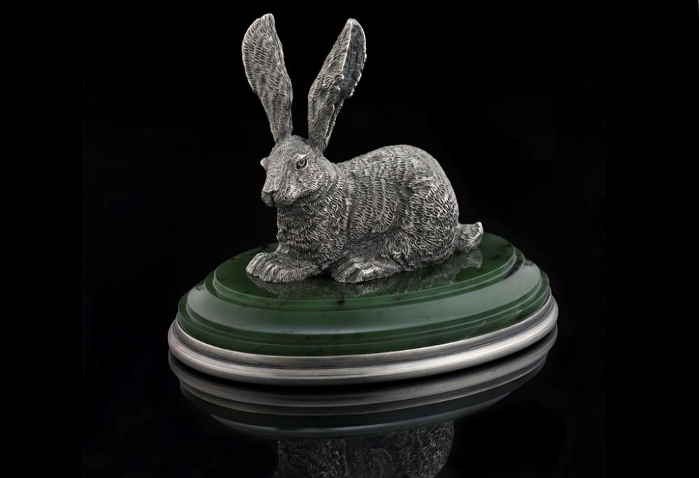 Заяц из серебра