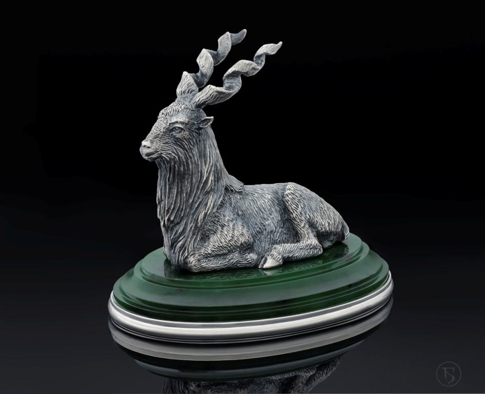 Винторогий козёл (серебро, нефрит)