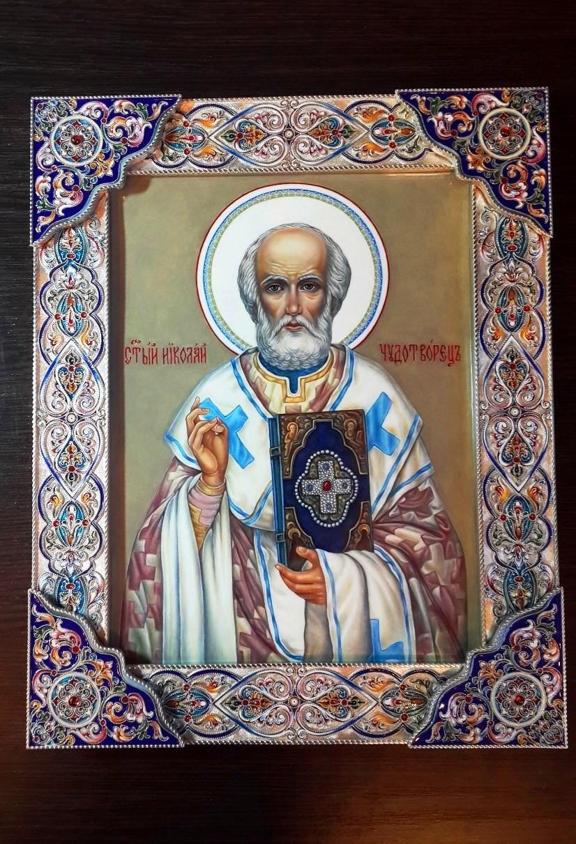 Икона Николая Чудотворца (серебро, финифть, гранаты)