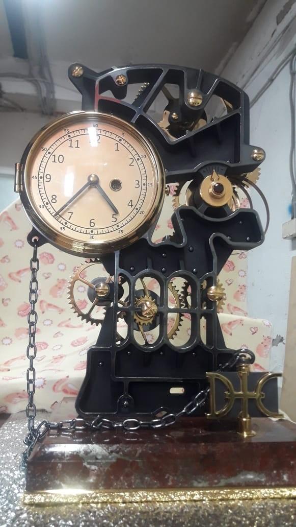 Часы интерьерные в дорогом исполнении под заказ
