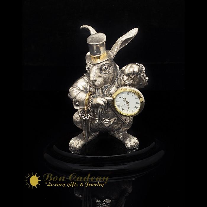 «Кролик с часами», настольные изделия