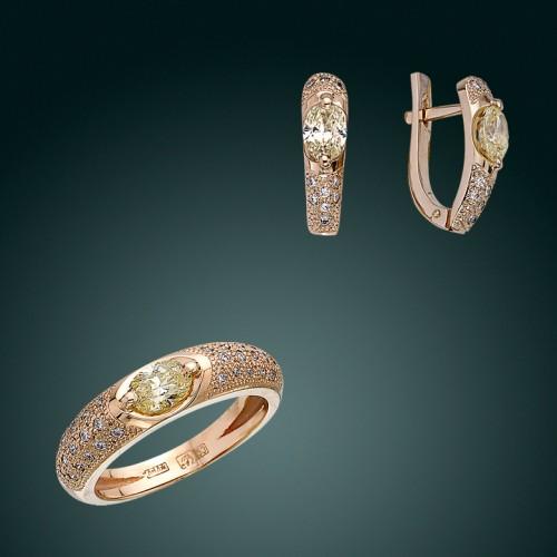 Кольцо и серьги с фантазийными бриллиантами
