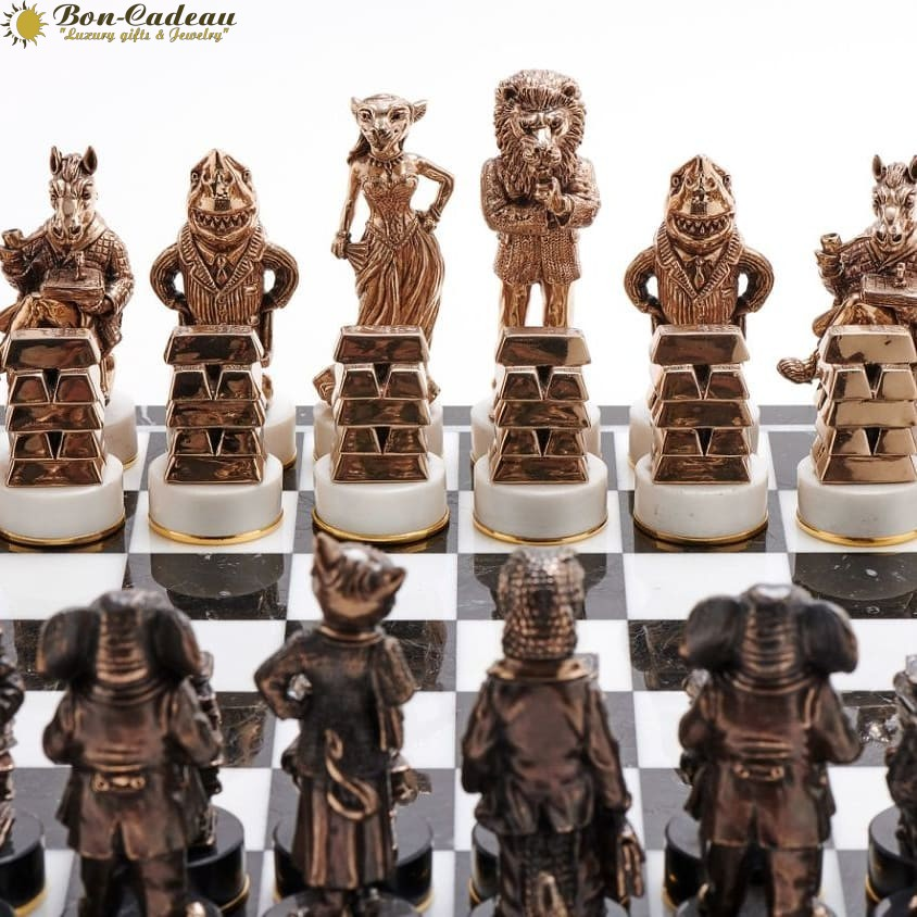 Шахматы бизнес против чиновников (бронза, мрамор)