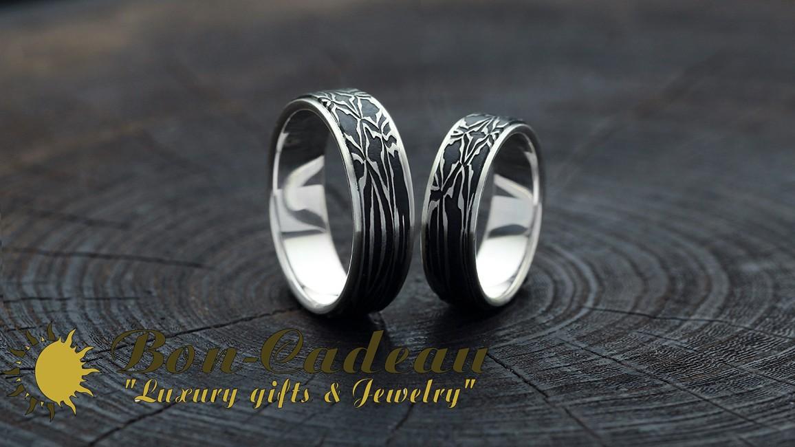 Обручальные кольца из булатной стали и золота