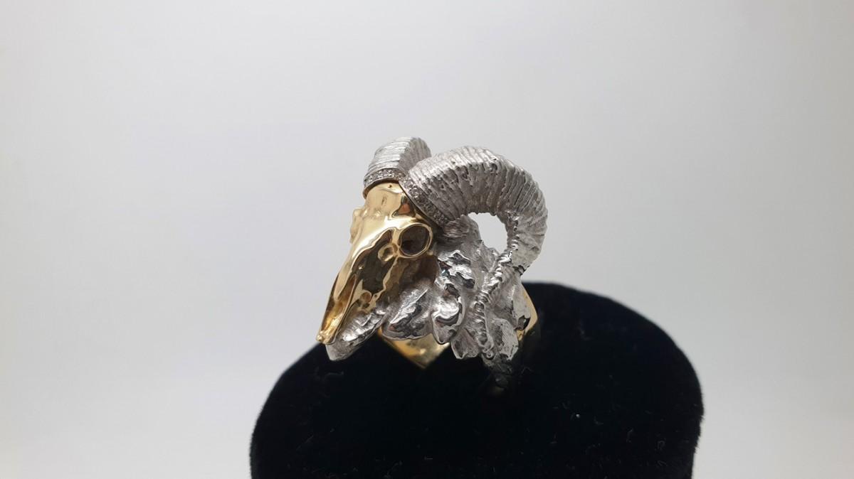 Золотой перстень Череп барана