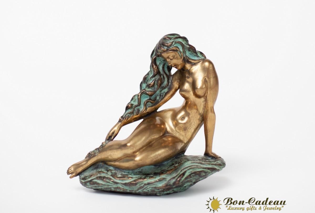Искушение (Скульптор Катиб Мамедов)
