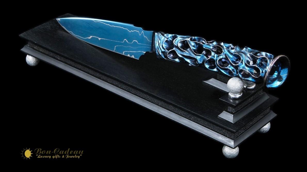 Эксклюзивный настольный нож Hellhol