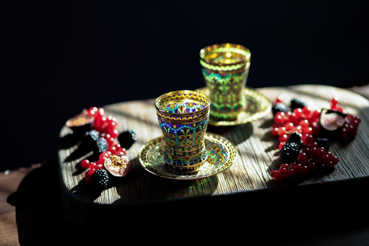 Стакан с блюдцем Стожары Вифсаиды (серебро, витражная эмаль)