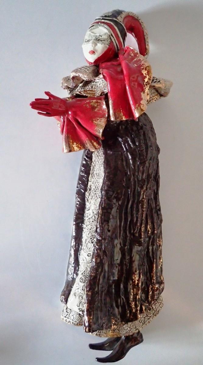 Настенная кукла Венеция h=42 см (фаянс)