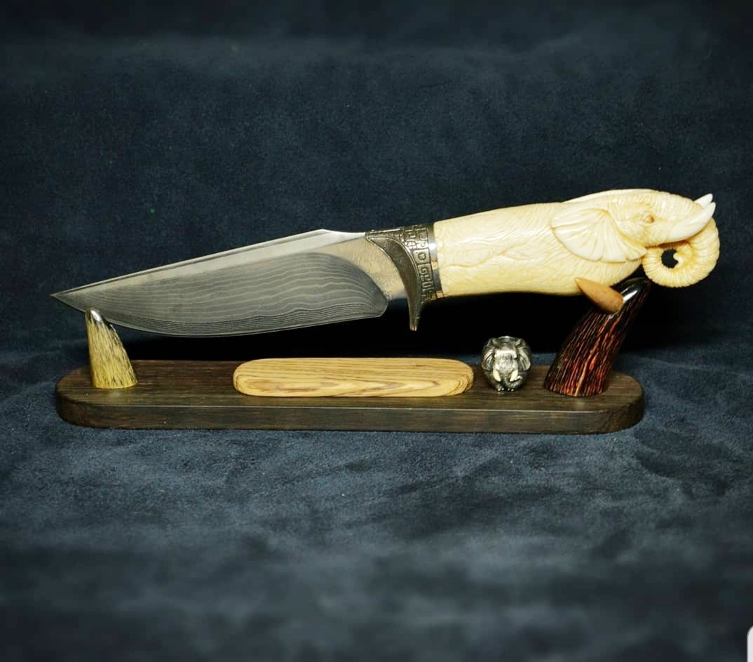 Нож Слон (серебро, моржовый клык, многослойная сталь)